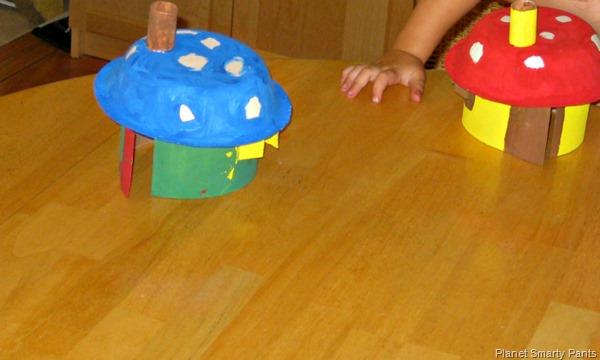 DIY-Smurf-House