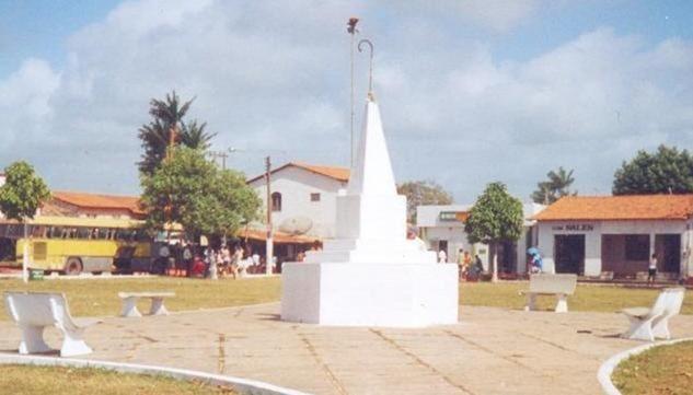 Piramide - Guimaraes, Maranhao, foto: guimaraes-ma.zip.net
