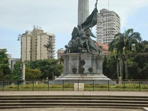 Genio Alato del Monumento A Republica - Belém do Parà, fonte: memoriasdopara.blogspot.com