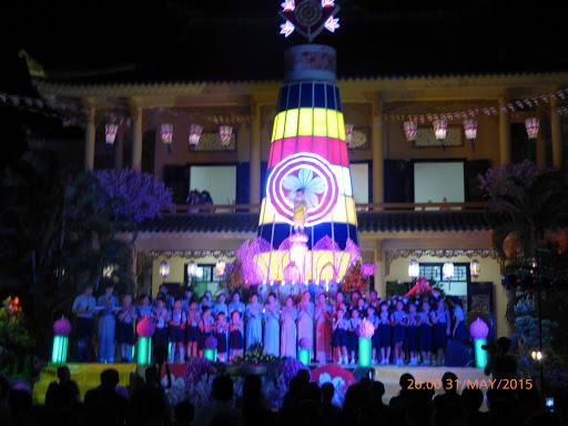 Video: Đêm Văn Nghệ Cúng Dường Phật Đản PL.2559 tại Như Thị Thất
