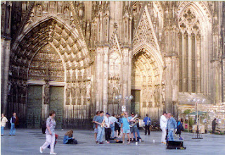 In front of the Cologne Cathedral, Cologne, Germany.