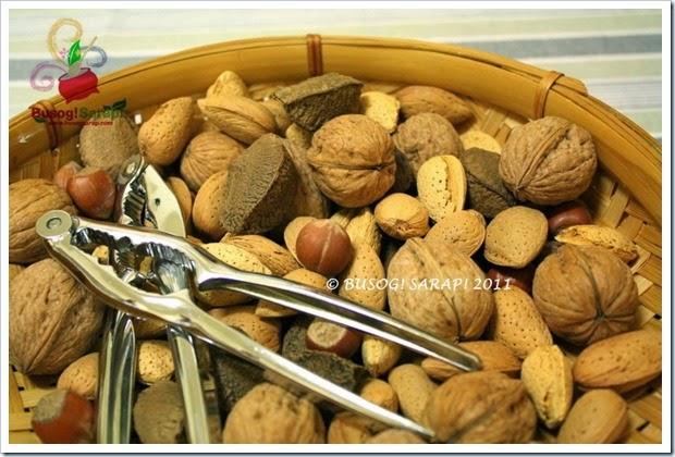 NEW YEAR'S NUTS© BUSOG! SARAP! 2011