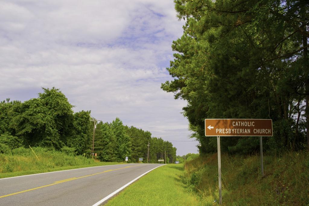 [Road-Sign-on-973.jpg]