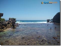 Pantai Nglambor Kisah Foto Blog07