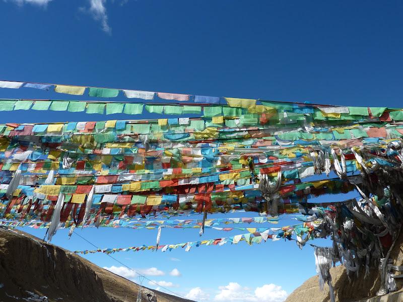 drapeaux de prière tibétains