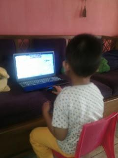 si kecil suka nimbrung sewaktu ngeblog