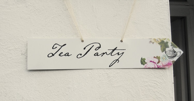 Engagement-Tea-Party-Sign
