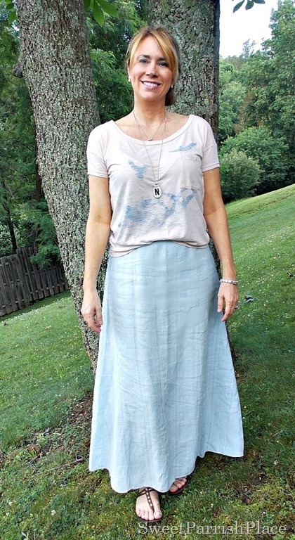 light blue maxi skirt, blush graphic Tshirt3