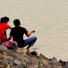 Love is everywhere.. by Avinav Khobragade - People Couples ( water, love, forever, lake, couple, enjoy )