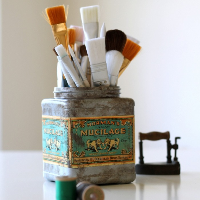 Faux Vintage Tin from Plastic Tub via homework (1)