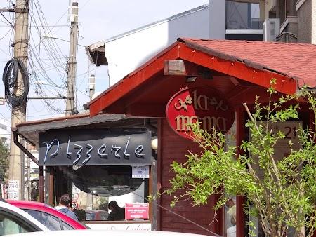 10. Restaurant La Mama.JPG