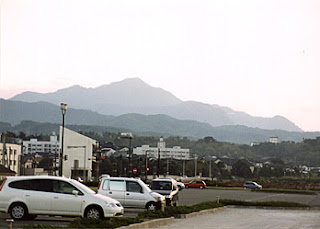 Kashiwazaki City and Yoneyama Mountain, near my apartment.