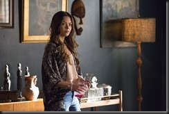 vampire-diaries-season-7-i-carry-your-heart-with-me-photos-5