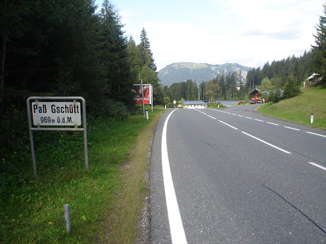 Pierwsza przełęcz 969 mnpm