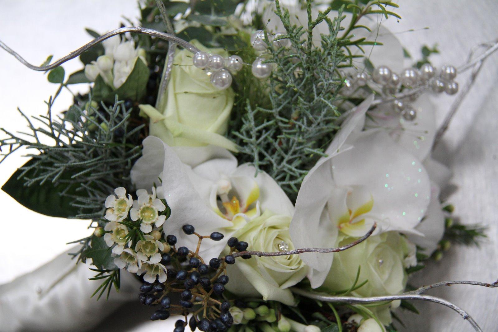 frosty wedding bouquet is