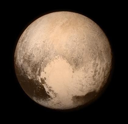 misterioso e brilhante coração de Plutão