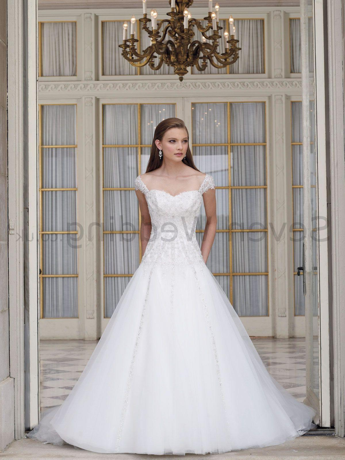Wedding Dress. Organza