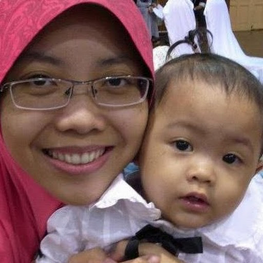 FIZLY KABINET DAPUR: Kota Warisan, Kayu Nyatoh