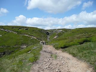 The path follows the Kinder Edge