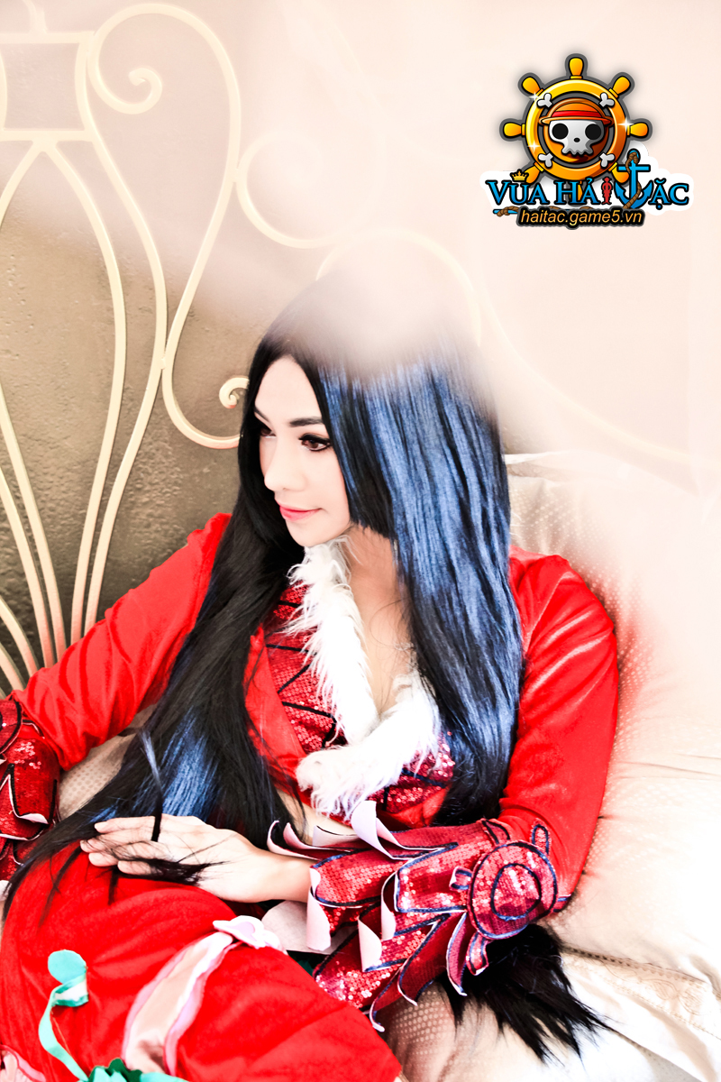 Ly Ba Lan quyến rũ với cosplay Boa Hancock - Ảnh 5
