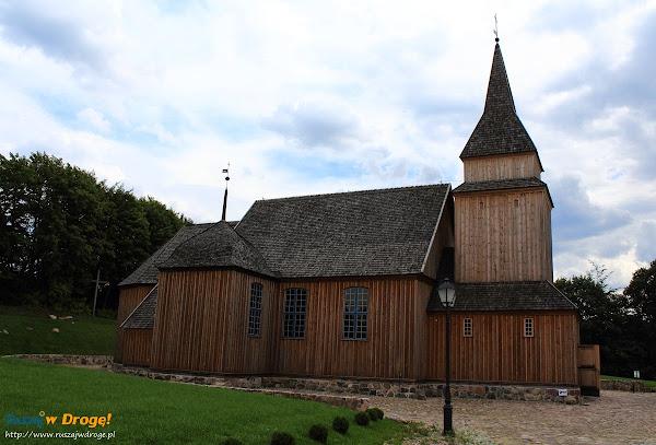 kaszuby Sierakowice - drewniany kościół