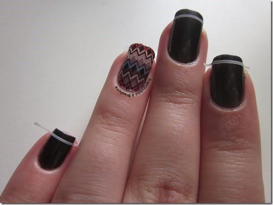 Fitinha nail art