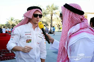 Нико Хюлькенберг дает интервью немецкому RTL на Гран-при Бахрейна 2014