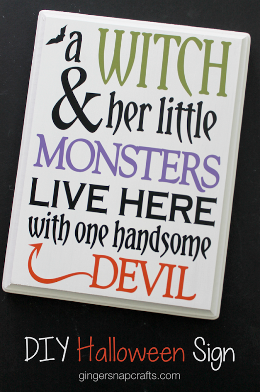 DIY Halloween Sign at GingerSnapCrafts.com