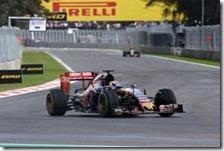 Max Verstappen nelle prove libere del gran premio del Messico 2015