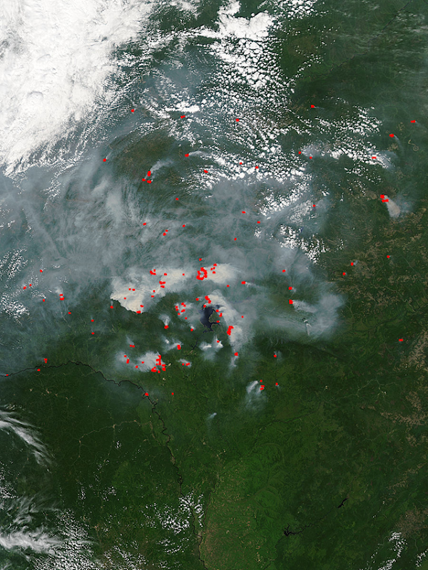 Terra/MODIS satellite view of smoke and forest fires in eastern Russia, 15 July 2015. Photo: NASA / LANCE Rapid Response MODIS