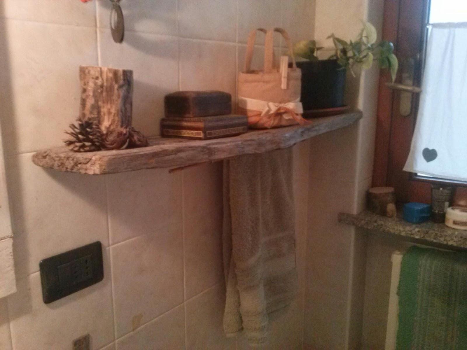 Legno Grezzo Per Mensole : Mamma in cucina gemma mensola con legno grezzo