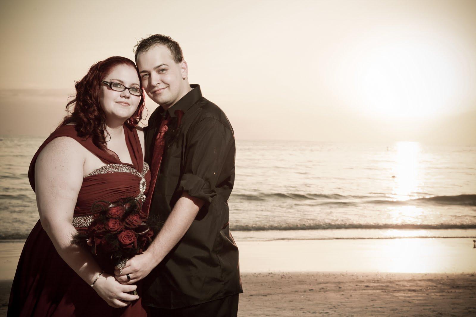 UNIQUE Wedding: Kyra. gothic weddings