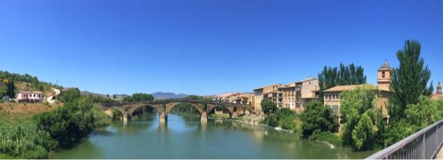 Puente románico (S XI) sobre el río Arga, Puente de la Reina
