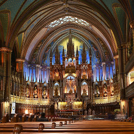 Basilique Notre-Dame de Montréal by Michaela Firešová - Buildings & Architecture Places of Worship ( altar, church, notre-dame de montreál, basilique )