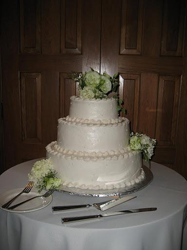 River Birch Lodge wedding cake
