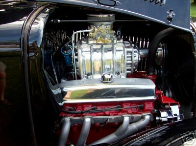 Another picture of the 471 blown Buick, see nice alternator bracket.