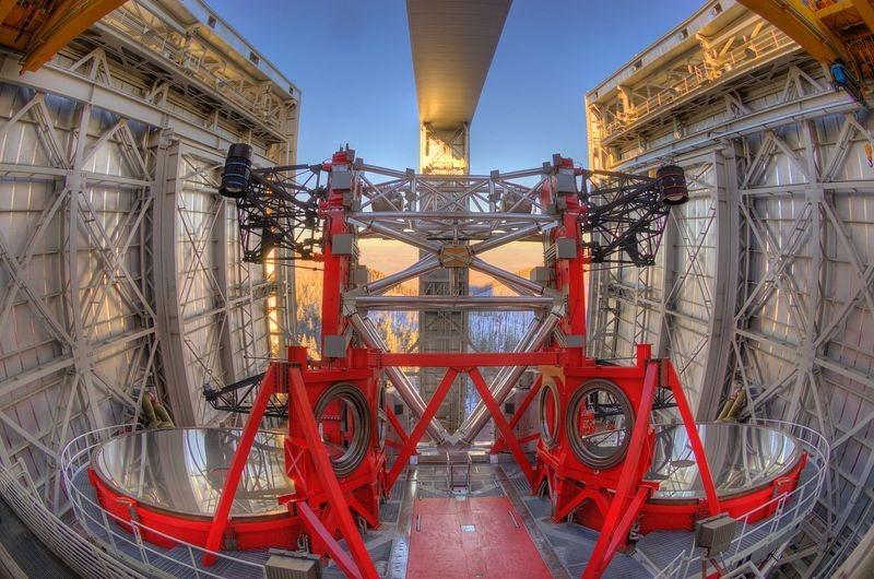 large-binocular-telescope-4