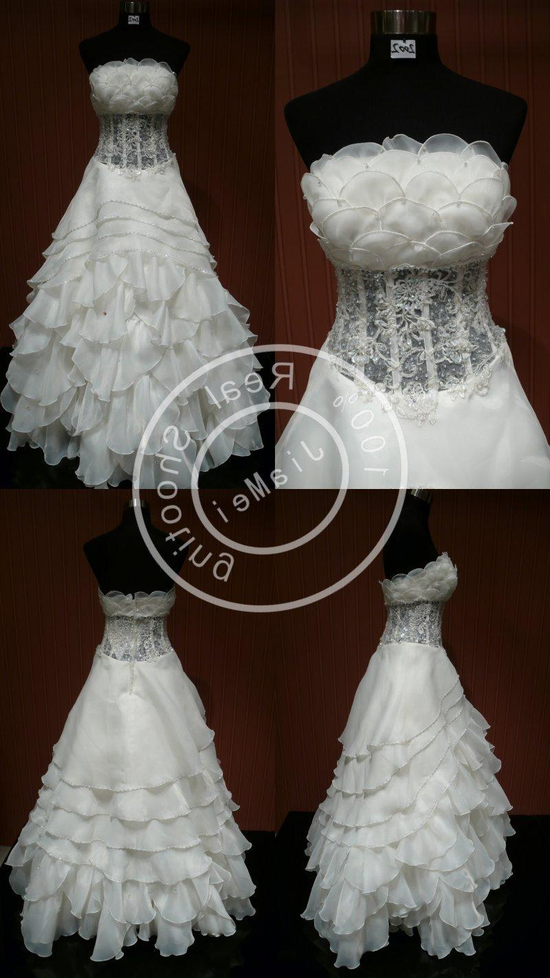 bride wedding dress lace