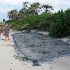 Geschützte Schildkrötennester am Strand von Ras Kutani © Foto: Svenja Penzel | Outback Africa Erlebnisreisen