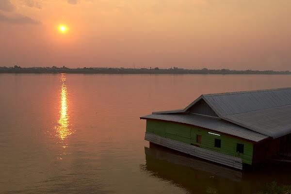 Меконг, Тхакхэк, Лаос.