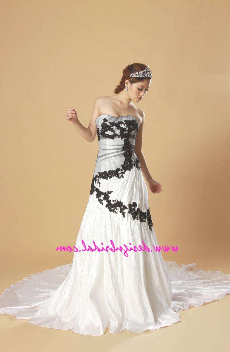 P75 white   black A line prom