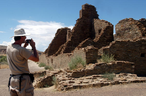 Archaeologists call on feds to protect Chaco Canyon area