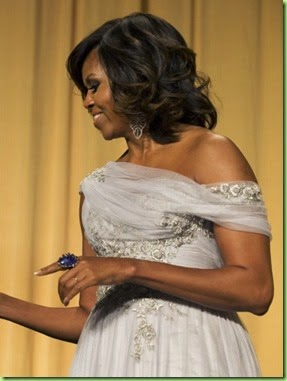 la-ar-michelle-obama-wears-marchesa-to-white-house-correspondents-dinner-20140504