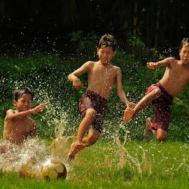 Happy Sunday Morning by Bimo Gupono - Sports & Fitness Soccer/Association football