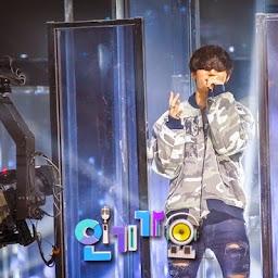 Big Bang - SBS Inkigayo - 03may2015 - SBS - 89.jpg