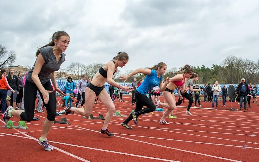 Фотографии. Командный чемпионат области по легкой атлетике среди юношей и девушек 1998-99, 2000 и младше