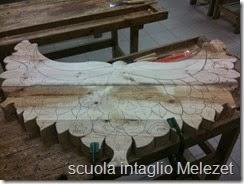 scultura e intaglio su legno di cirmolo