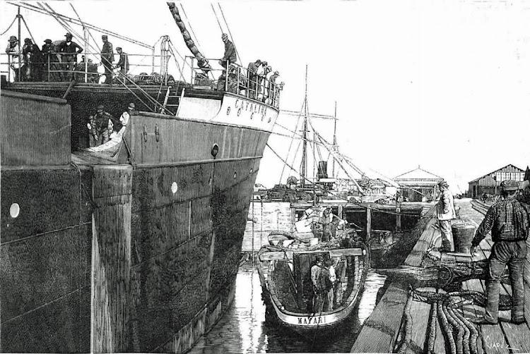 El vapor CATALINA embarcando las lanchas MAYARI, YUMURY y GUANTANAMO. De foto de Pol Hermanos. La Ilustración Española y Americana. 30 de Noviembre de 1895.tif