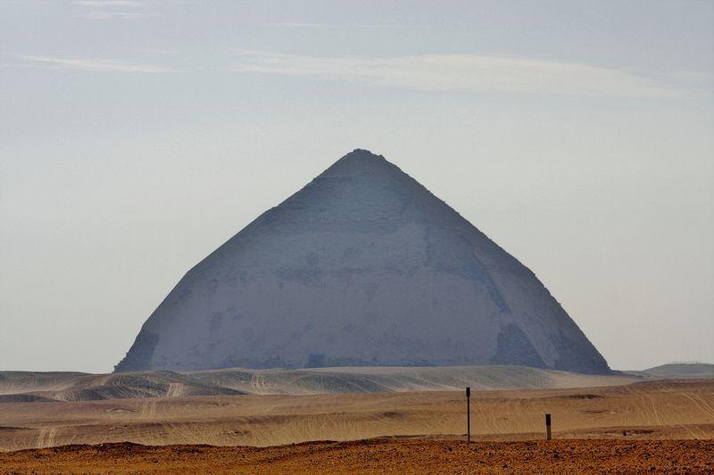 bent-pyramid-4