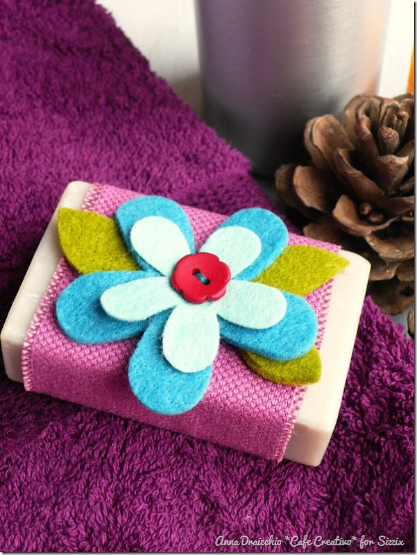 gift-favors-soap-felt flower-sizzix big shot-by cafecreativo (2)